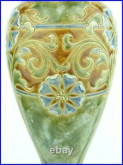 A Beautiful Doulton Lambeth Art Nouveau Vase by Eliza Simmance. Dated 1910
