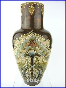 An Excellent Doulton Lambeth Art Nouveau Vase by Eliza Simmance. Circa 1900