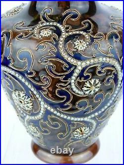 An Impressive Doulton Lambeth Scrolling Seaweed Vase by George Tinworth